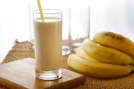 How-to-Make-Banana-Honey-Milkshake