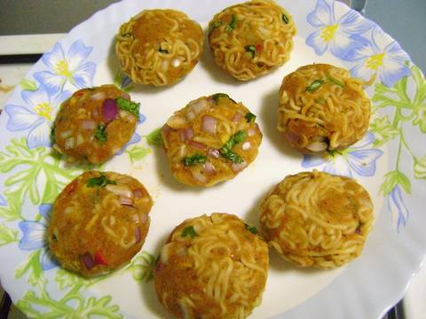 How-to-Make-Noodles-Cutlet